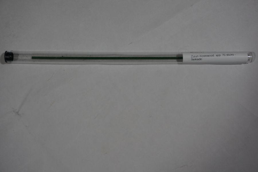 Seikado Zuiun Aloeswood Incense Sticks