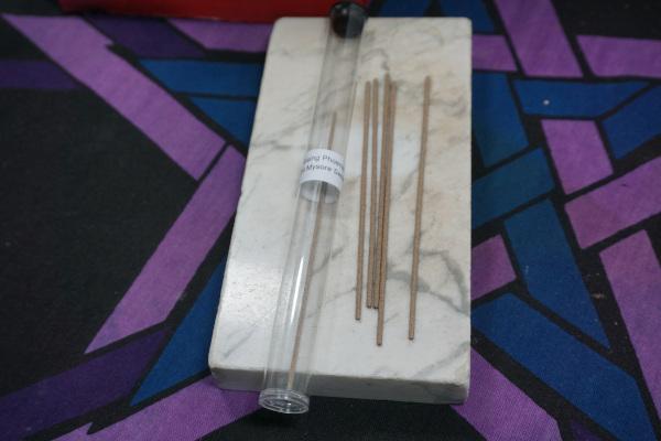 Rising Pheonix Perfumes Sandalwood Incense Sticks